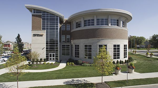 this is a horizontal exterior photo of Indiana Tech Law School