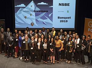 group photo of 2019 NSBE Banquet attendees