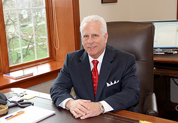 photo of Dr. Arthur Snyder, president of Indiana Tech